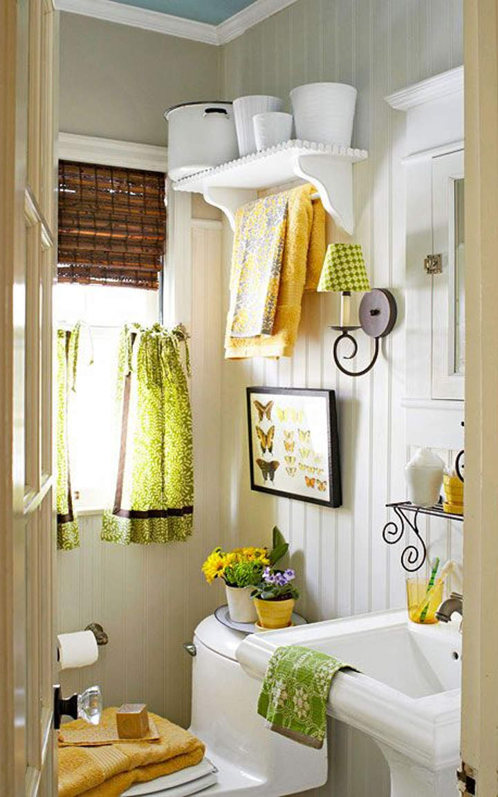 15 yellow bathroom ideas and designs you must see for Yellow and white bathroom ideas