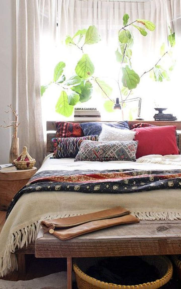 19 amazing natural bedroom designs you must see for Amazing bedroom designs