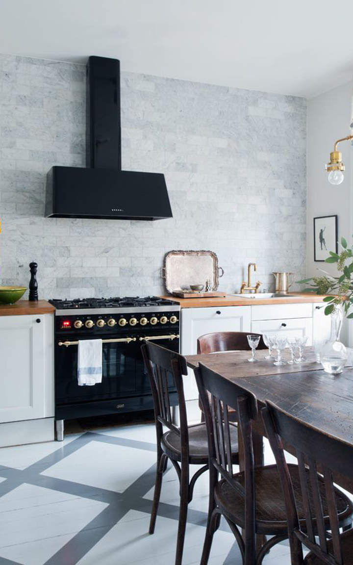 Black and white kitchen ideas and designs