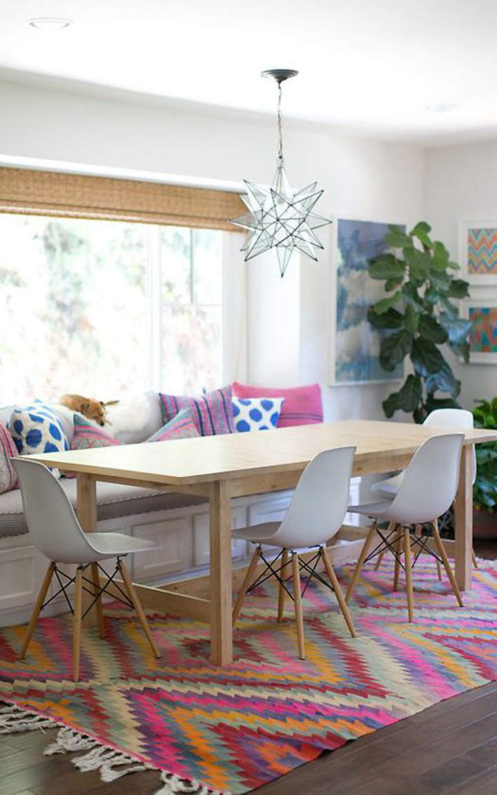 Why Adding A Rug Under Dining Table Sets Is A Must: Cute And Practical Kitchen Window Seat Ideas