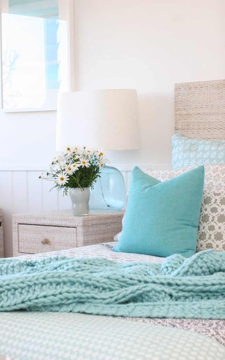 How to create a Tiffany blue inspired bedroom (tips, tricks and ...