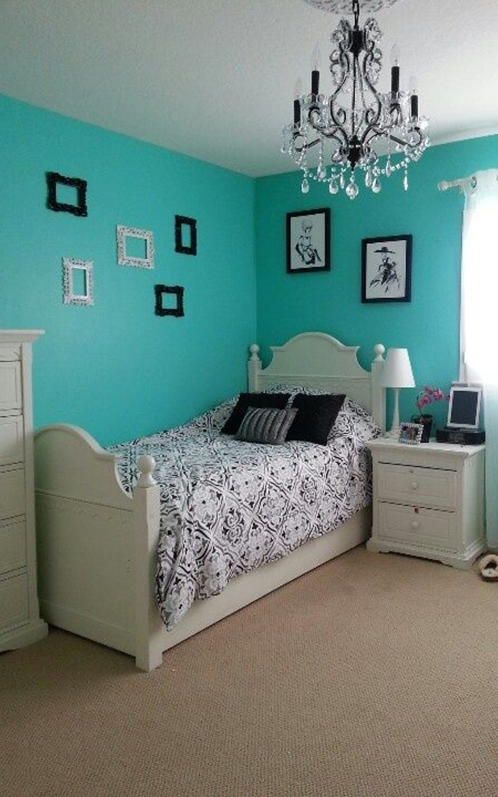 Tiffany blue bedroom #7